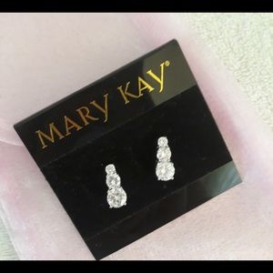MARY KAY Dangling Dazzling Sparkly Earrings NWT
